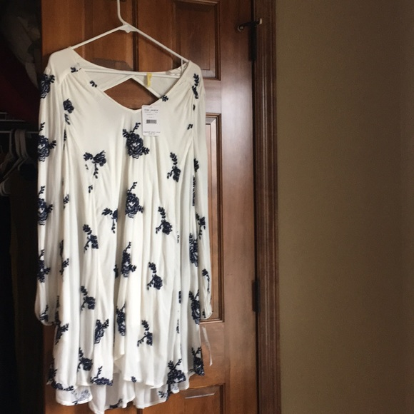 Free People Dresses & Skirts - Free people dress. New with tags!